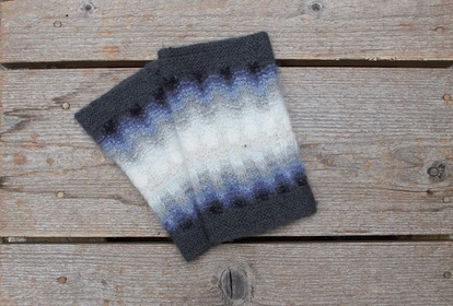 The Gray Mist, wristwarmers, knitting kit
